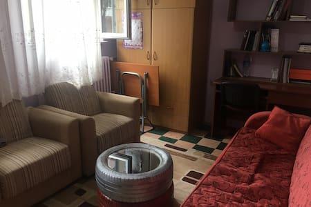 Rahat ve geniş bir oda