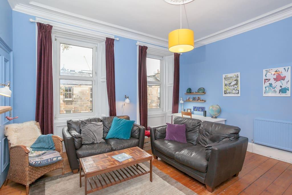 Living room (window)