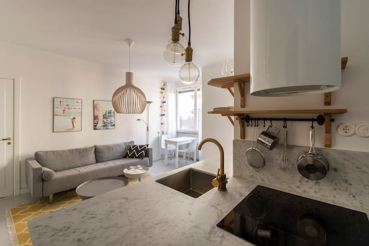 Central cozy apartment - Stockholm