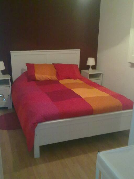 Bed room double bed