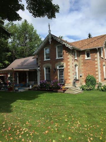 Fleetwood Hills House