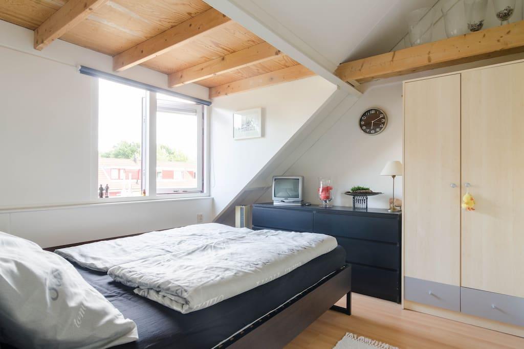 low budget place in amersfoort h user zur miete in hoogland utrecht niederlande. Black Bedroom Furniture Sets. Home Design Ideas