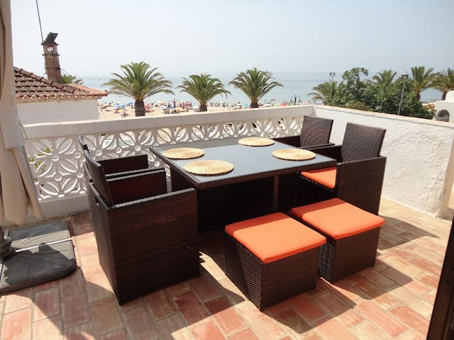 Beach Front Apartment - Praia da Luz - Apartment