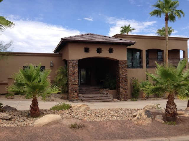 Your Home away from Home - Lake Havasu City - Casa
