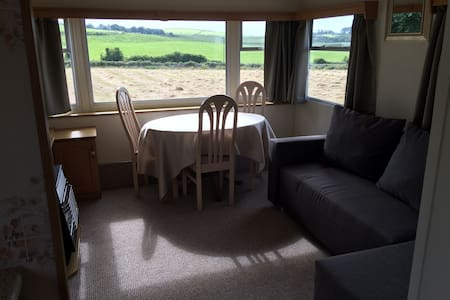 Willerby caravan close to Cemlyn Bay - Cemlyn