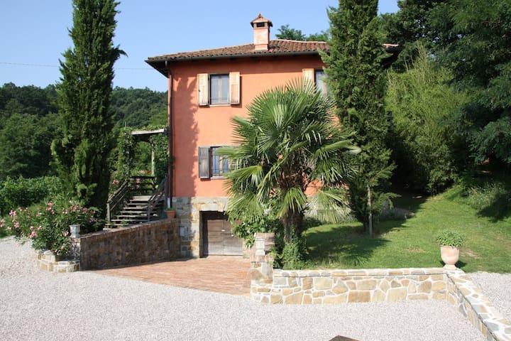Landhaus im Grünen mit Bocciabahn-Casa in Campagna - Cormons - Rumah