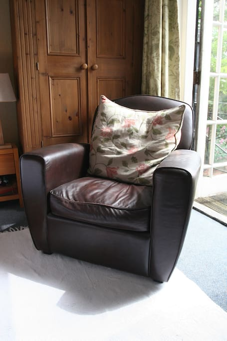 Very comfy chair for relaxing