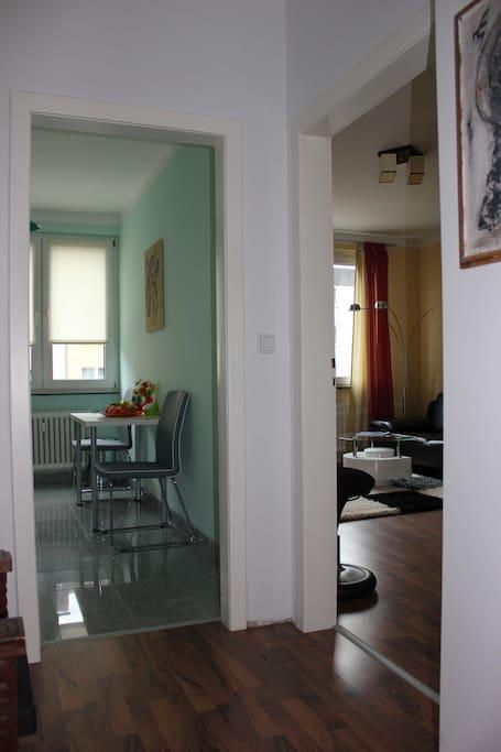 Küche/Wohn+Schlafzimmer
