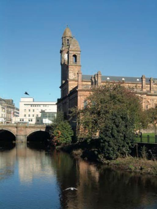 Paisley Town Hall and the River Cart.