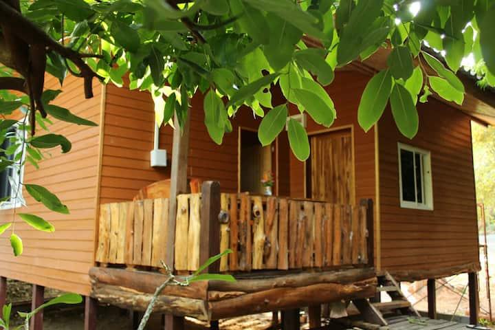 Paradise Garden Cottage