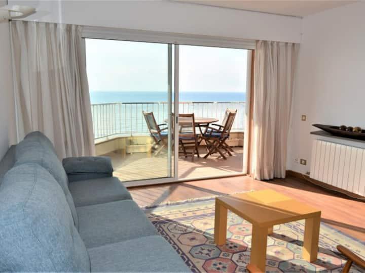 Apartamento primera linea de mar en Calafell