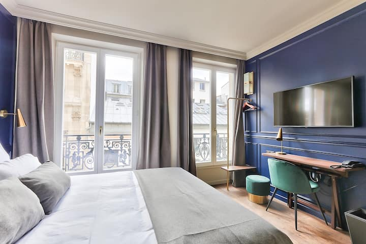 Chambre-boutique hôtel **** proche Montmartre