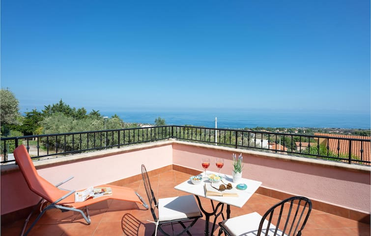 Semi-Detached with 4 bedrooms on 170m² in Trabia