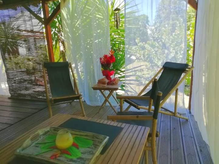 Bungalow with one bedroom in Sainte-Anne, with enclosed garden and WiFi - 450 m from the beach