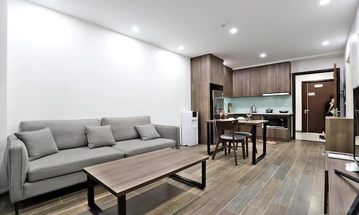Paradise Westlake 6/2 - Modern Apartment w/Balcony