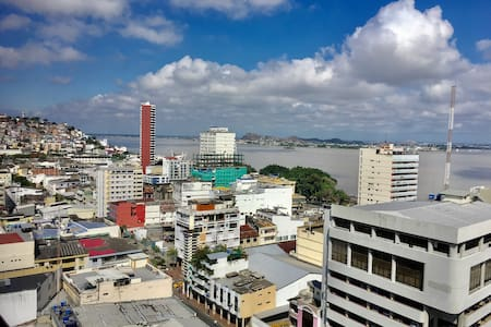 14th Floor River View | Downtown | Best Value - Guayaquil