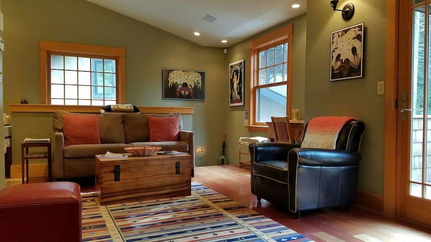 Cozy Lady Humming Bird Craftsman - McKinleyville - Apartamento