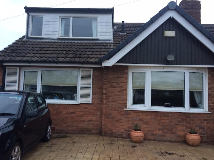 Dorma bungalow with ensuite & own lounge