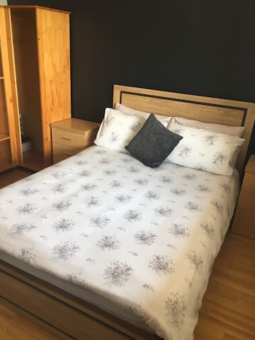 Double bed, sleeps two
