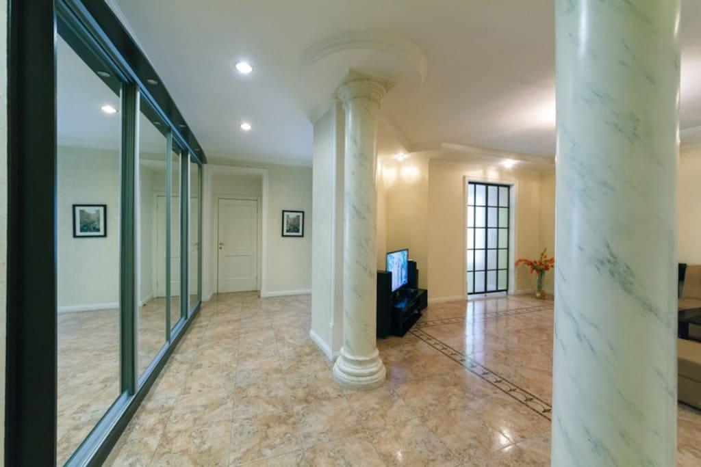 Corridor & living-room