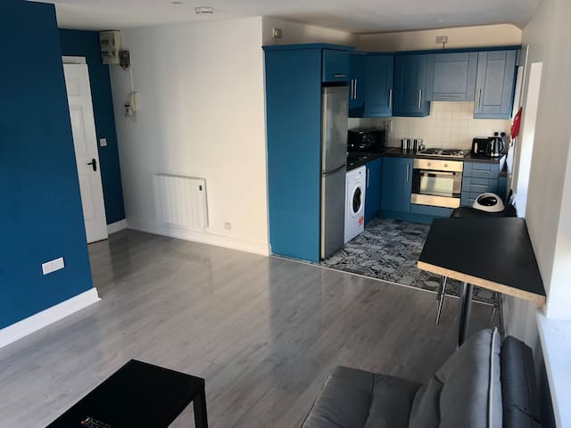 Apartment located 5 mins walk from Carlow Town