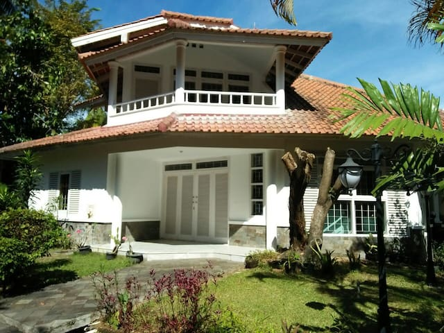 3BR Beach House, Pisita, Anyer