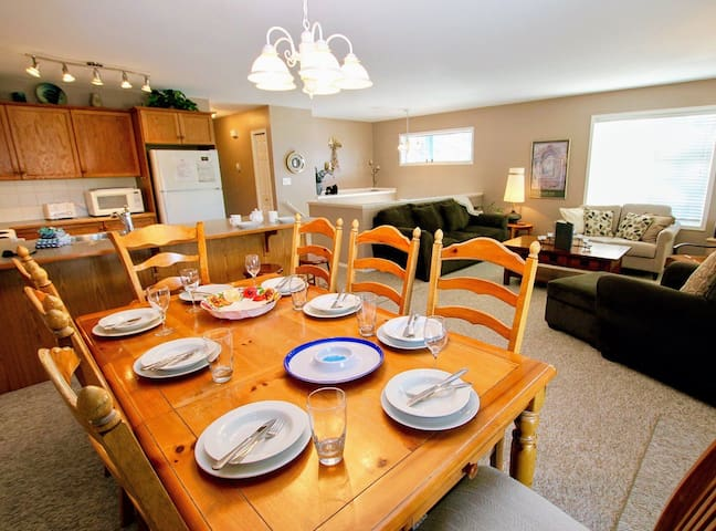 4 bedroom -  Close to golf/great for families