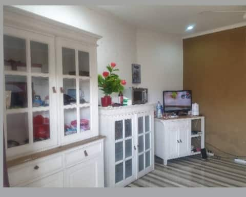 Spacious room in  a very central location  Bandung