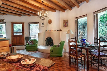 SiSteR CaSiTa - Bohemian & Dog Friendly!!! - Taos - Casa