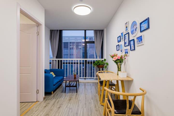 南都大厦嘉兴第一医院边黄金楼层公寓