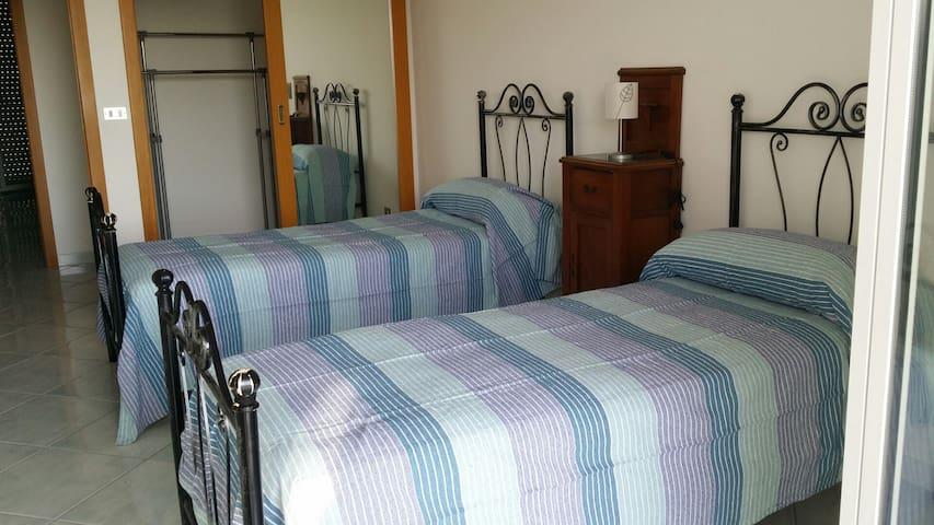 Seconda camera da letto Doppia/matrimoniale