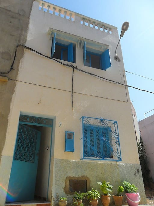 Independent House in Traditional & safe Moroccan quarter