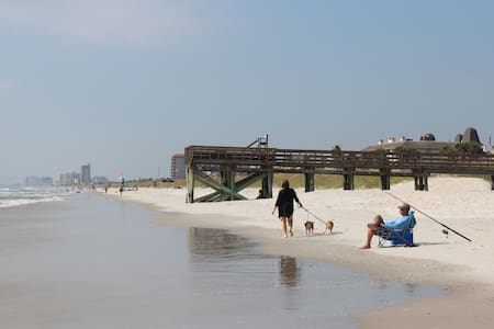 Walk to the Beach!