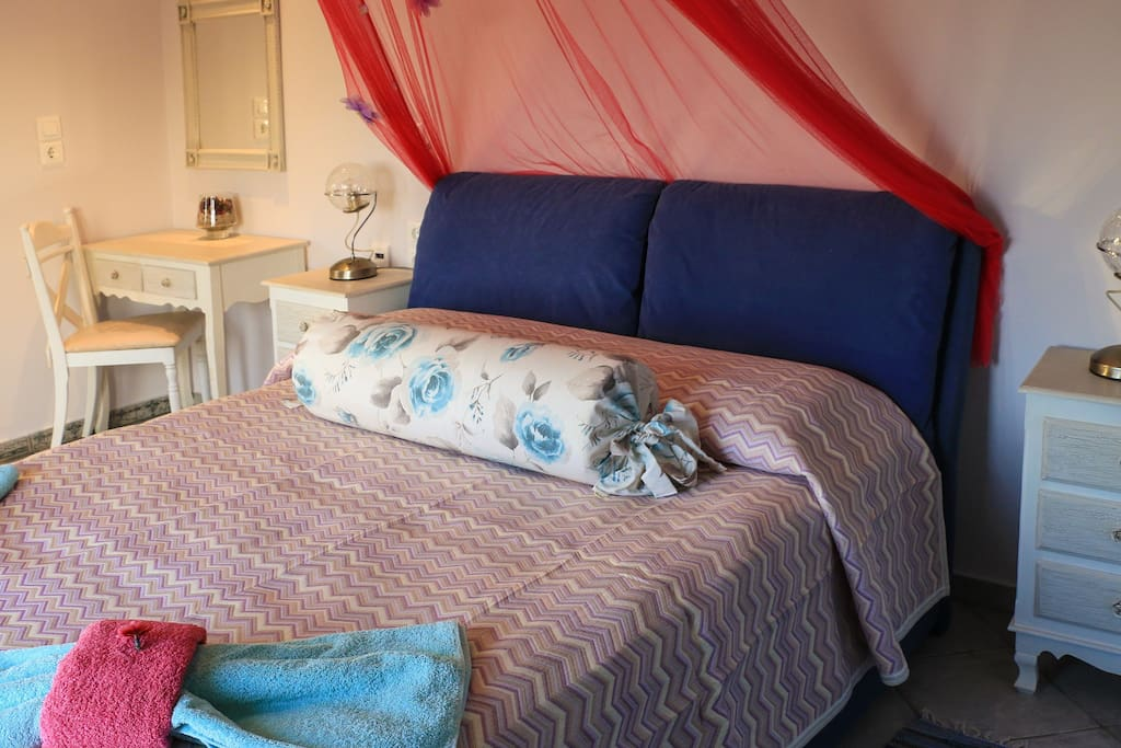 Blue Rose Suite - Ground Floor Junior Suite