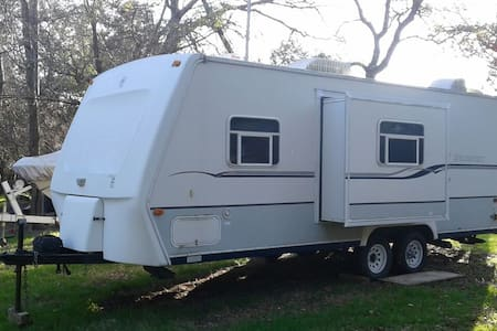 24' travel trailer near Lake - Belton