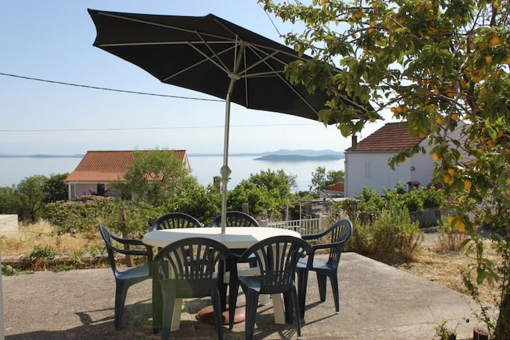 Two bedroom apartment with terrace and sea view Savar, Dugi otok (A-8127-a)