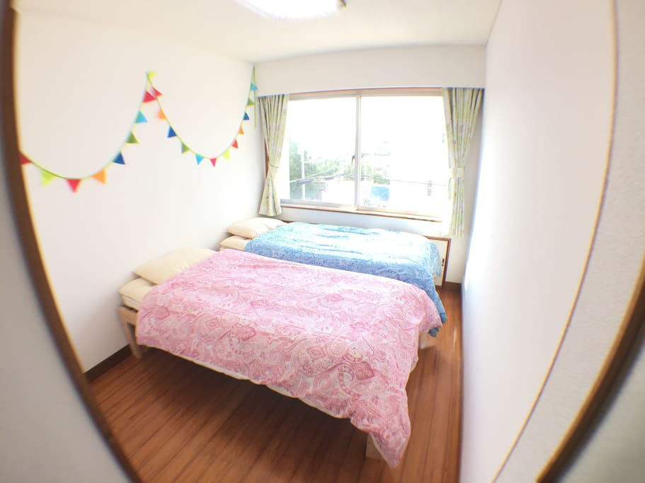 Bed Room ② Maximum 2 people can stay