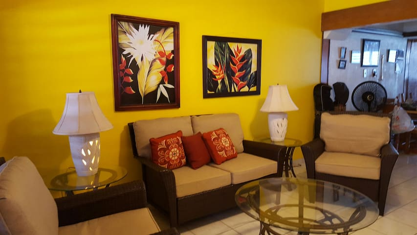 Beautiful 3br Condo steps to Beach - Luquillo - House