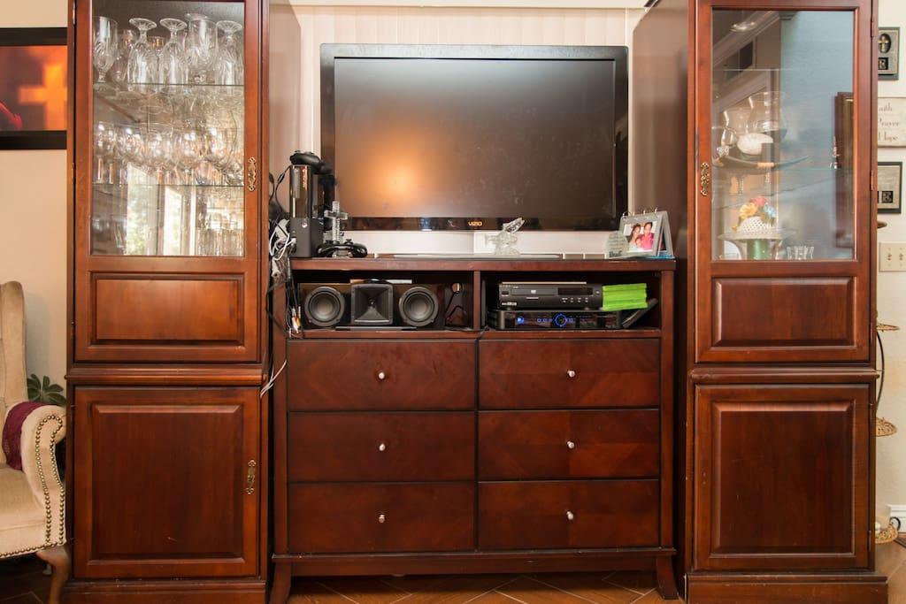Family Room-Entertainment Center