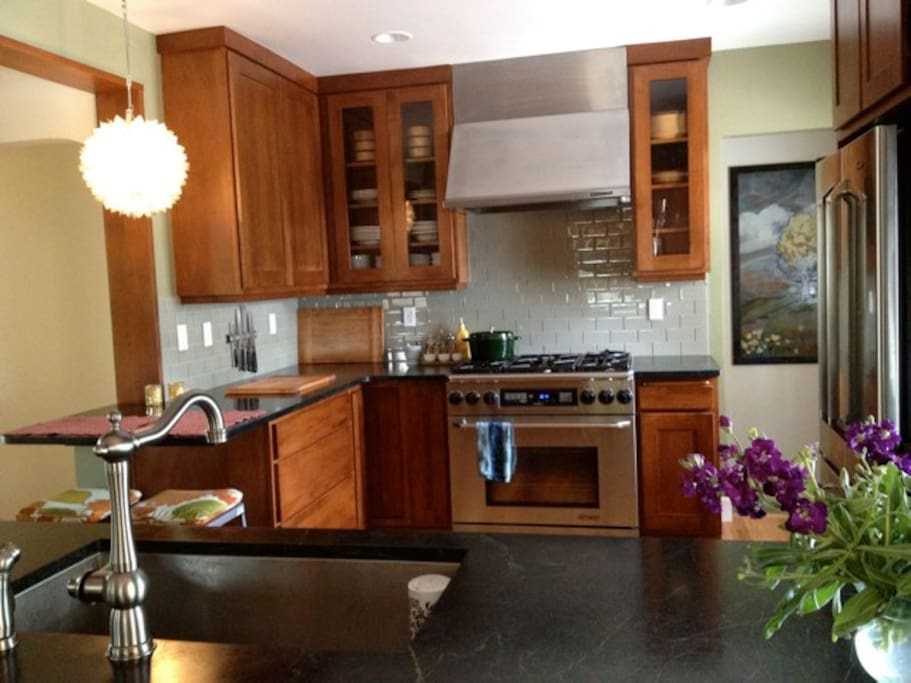 Eat in kitchen has restaurant quality appliances