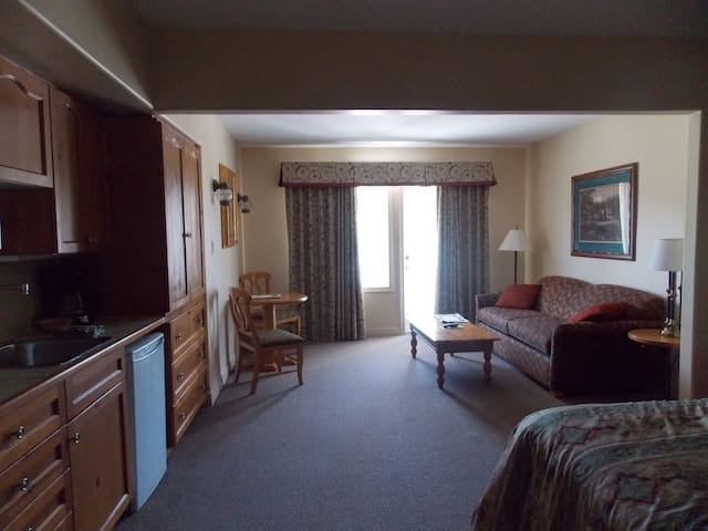 Studio@Carriage Hills Resort/Horseshoe Valley (4)