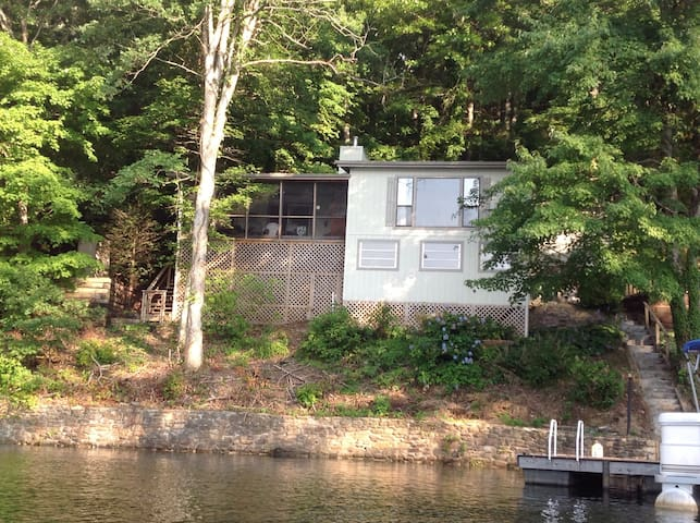 Dock Holiday House - Robbinsville - Talo