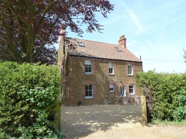 Holmhurst, Thornham  near to the beach - Holme-next-the-Sea - Rumah