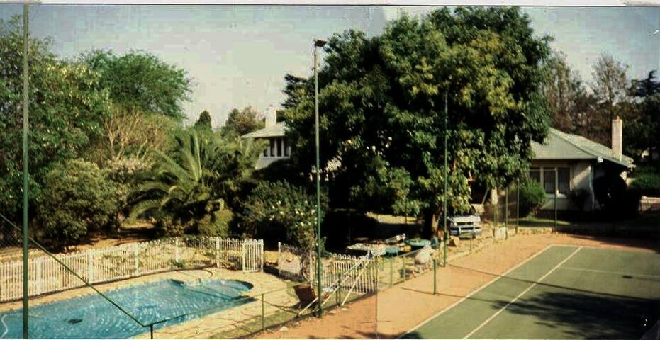 Parkhill Manor Guesthouse - Germiston - Rumah Tamu