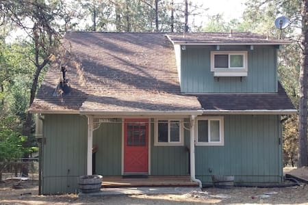 Yosemite Cozy Cottage - Groveland - Srub