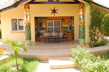 Superb Villa in Saly with beach and near golf - Mbour
