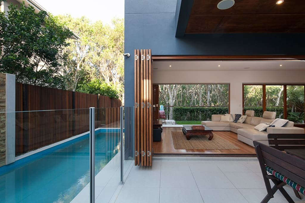 Boardwalk Beachfront House - Prestige Holiday Homes
