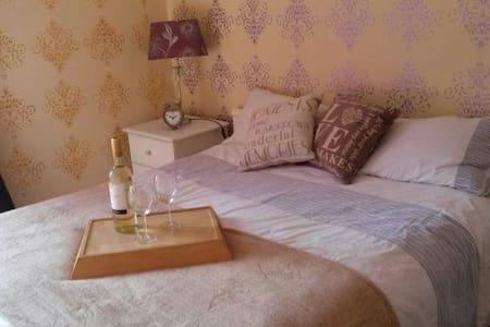 Luxury rooms in Waterloo