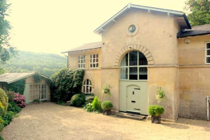 Bassett Coach House - Bath - Claverton - Dům