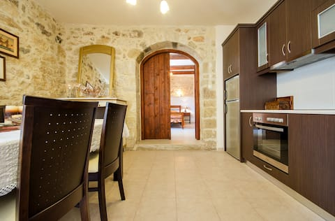 Cretan Authentic Traditional Stone House!